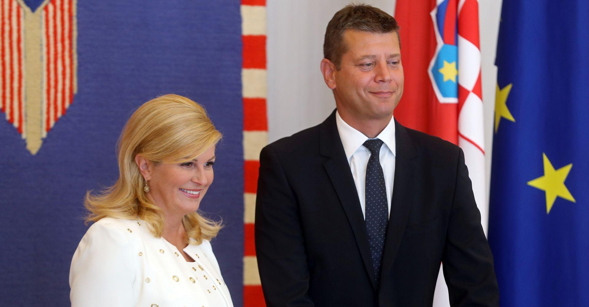 MIP zamrznuo mandat Jasenu Mesiću