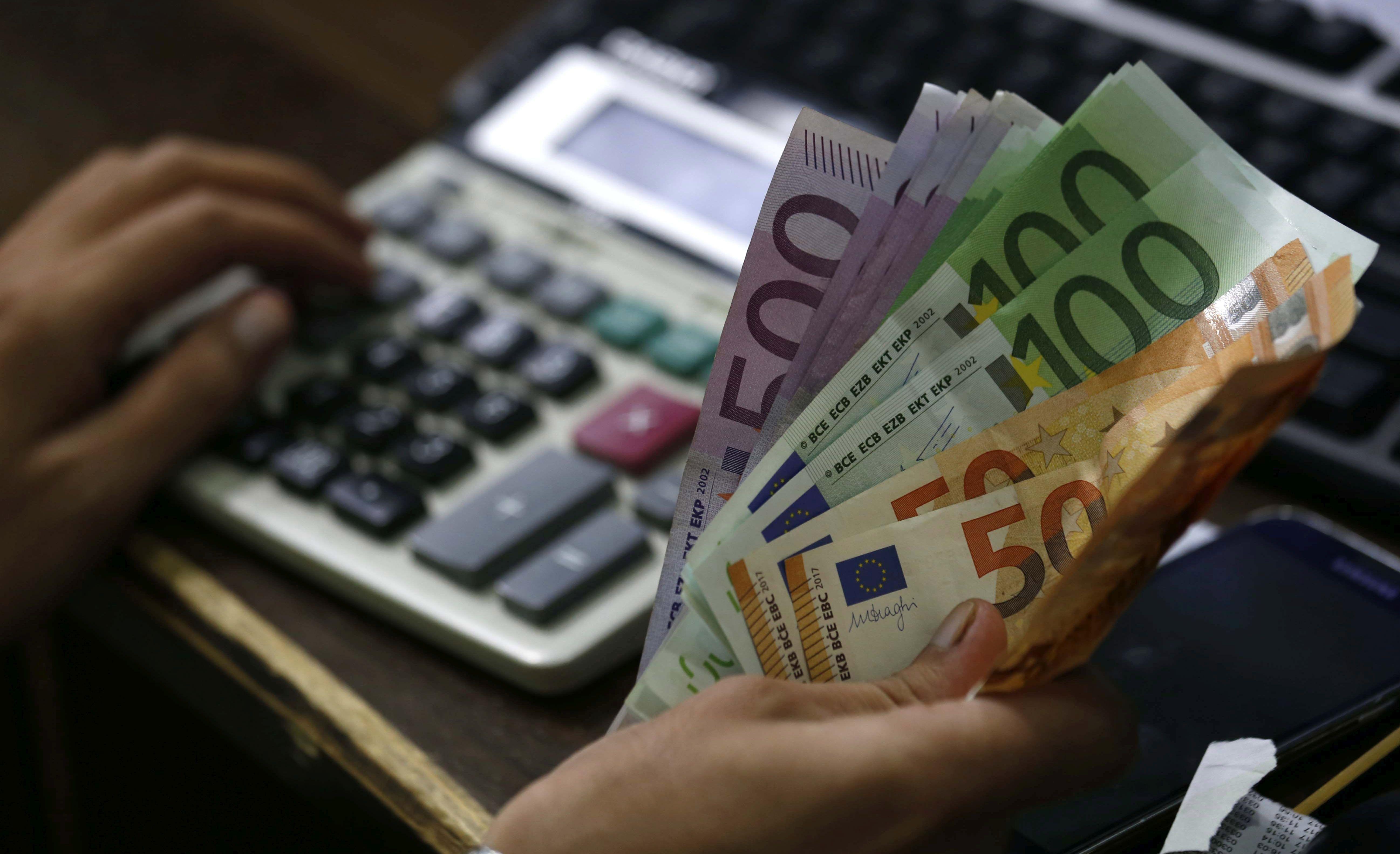 """HNB """"U optjecaju rekordan broj krivotvorenih novčanica eura"""""""