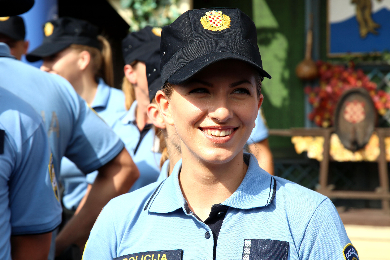 MUP širom Hrvatske zaposlio 302 policajca-vježbenika