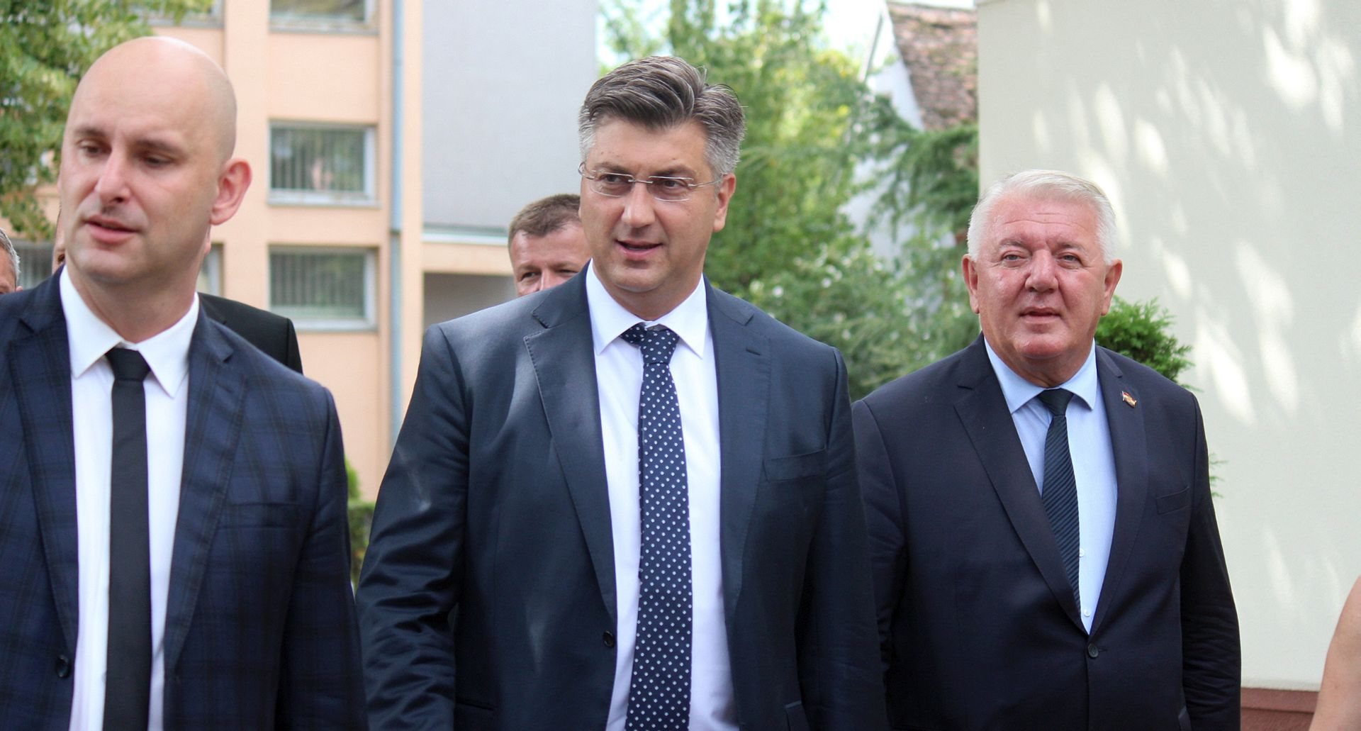 """PLENKOVIĆ U VIROVITICI """"Obnovili smo dijalog s predstavnicima udruga HOS-a"""""""