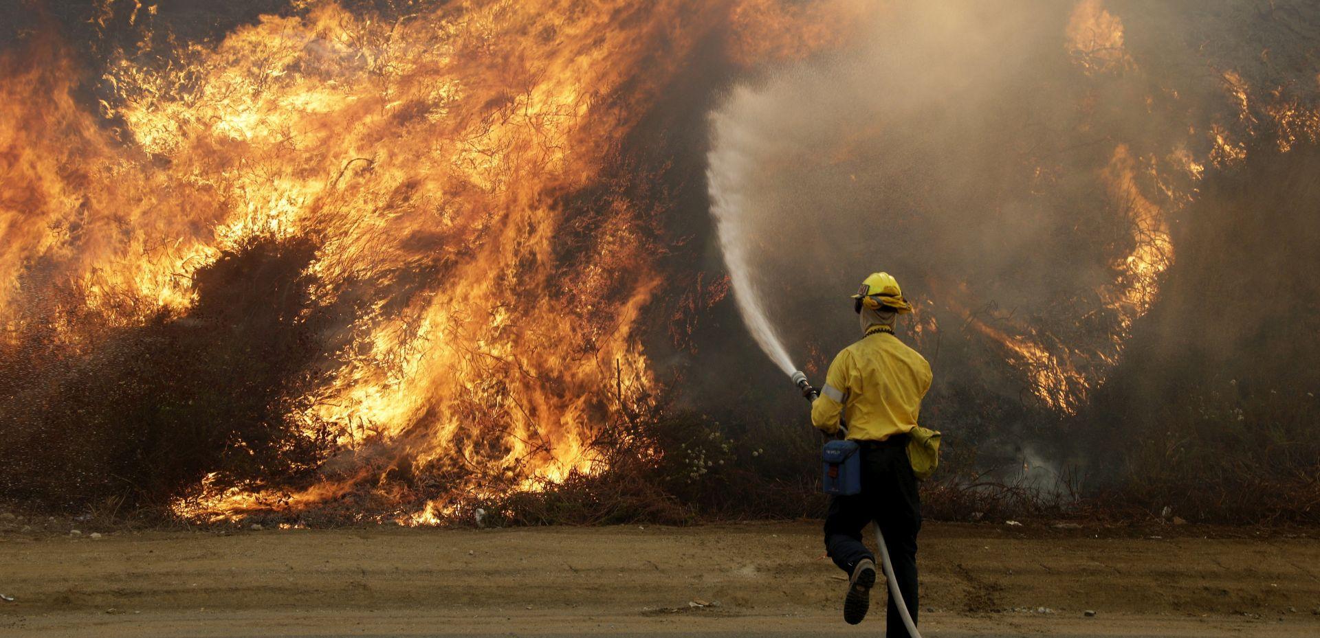 LOS ANGELES Najveći požar u povijesti grada, evakuirano više od 700 domova