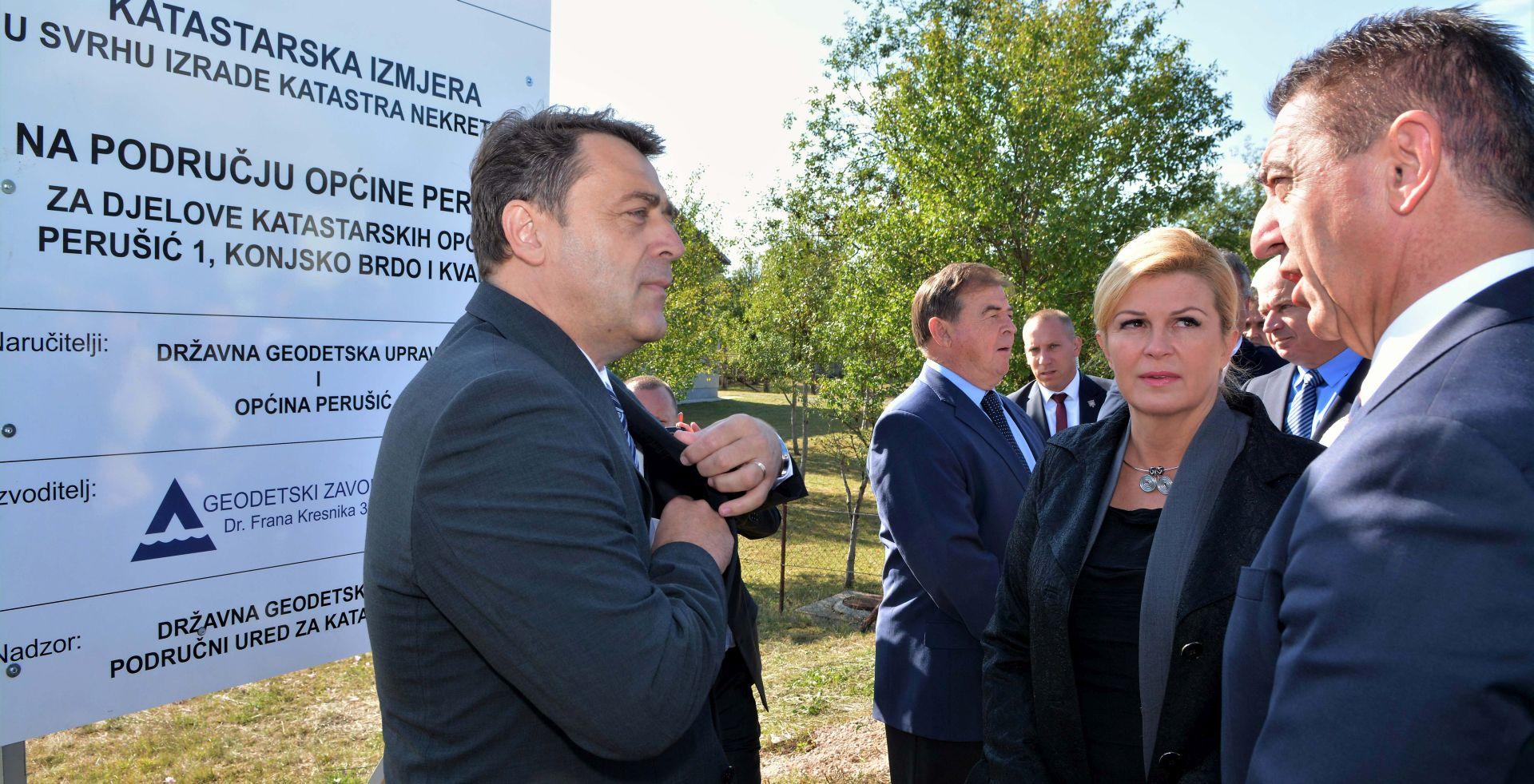 Predsjednica Grabar-Kitarović posjetila Perušić