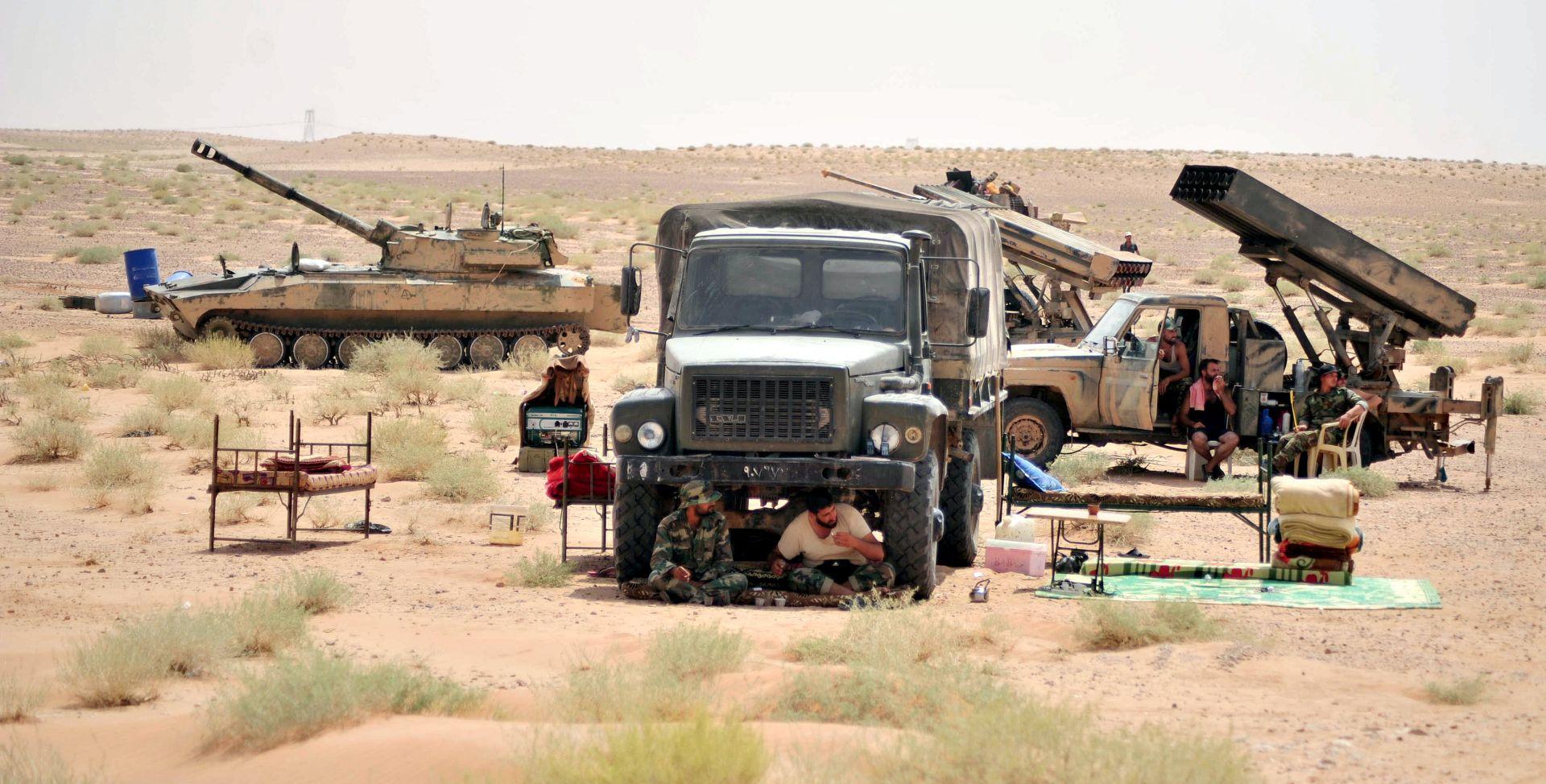 Sirijska vojska osvojila naftno polje od Islamske države