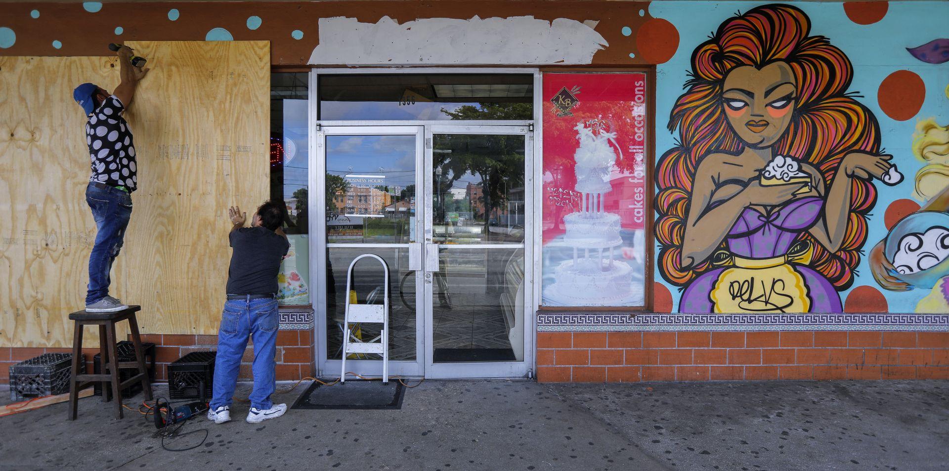 Florida čeka uragan Irmu, Jose prijeti Antilima, Katia pogodila Meksiko