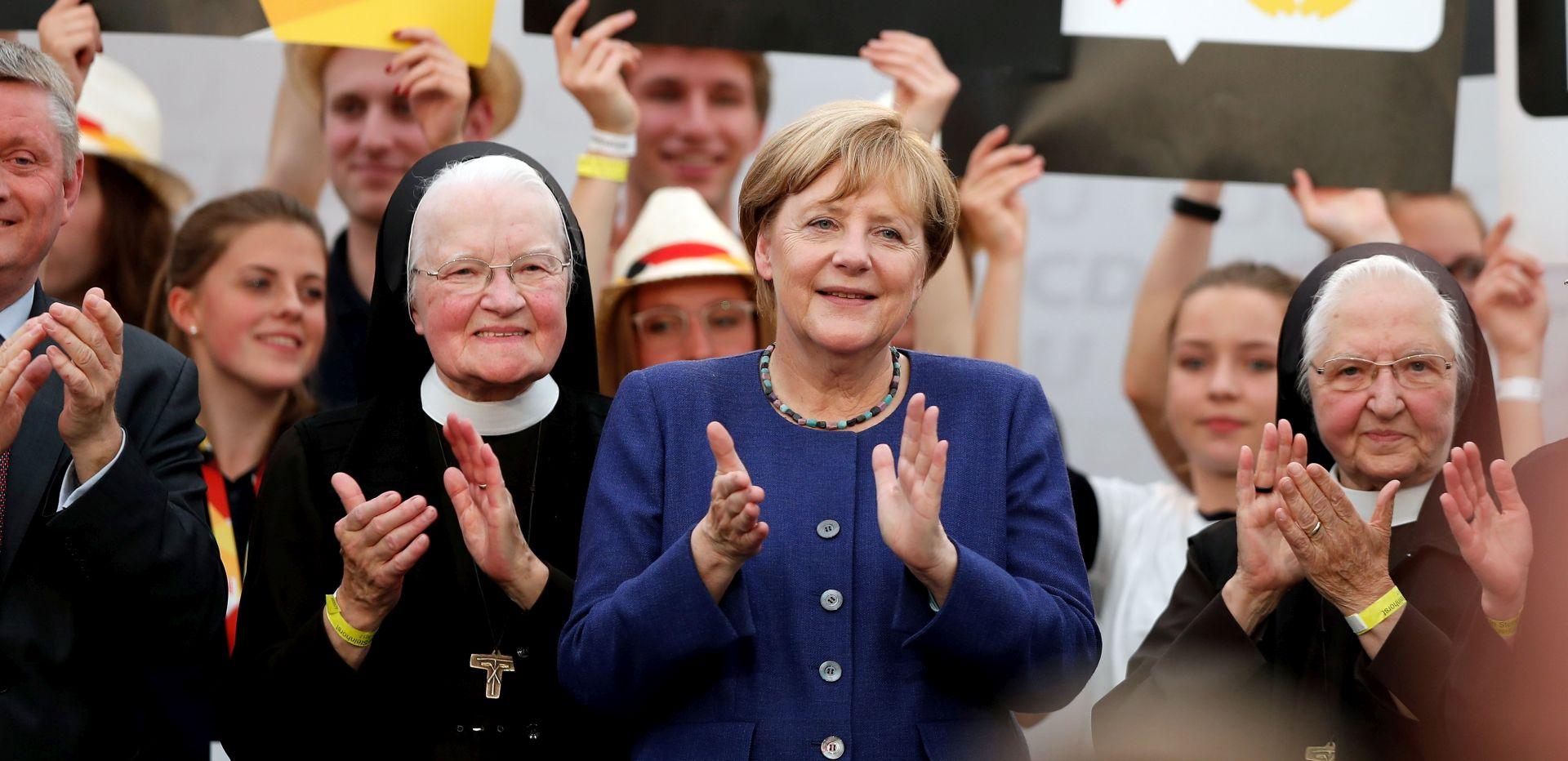 Steinmeier će u ponedjeljak preporučiti Merkel za četvrti mandat