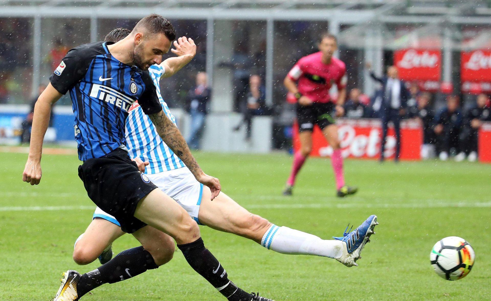 Inter odustao od Modrića, najavili novi ugovor za Brozovića
