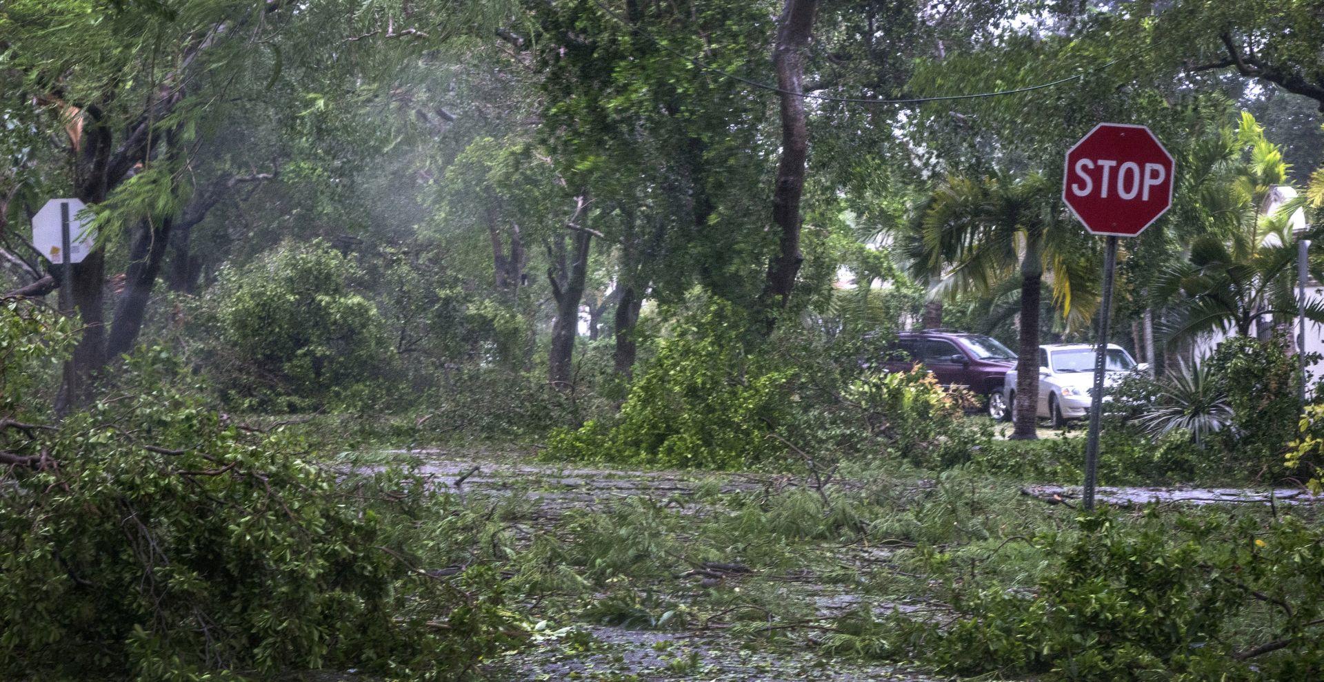 Počele operacije pomoći i spašavanja na Floridi nakon Irme