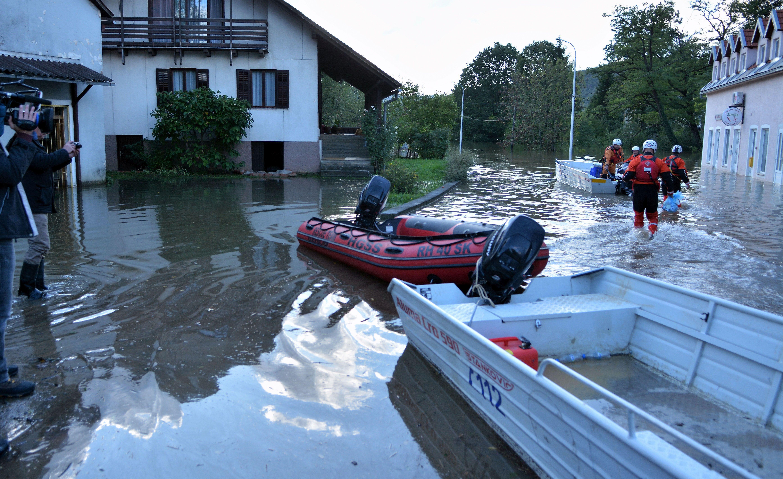 Župan Jelić proglasio elementarnu nepogodu zbog prošlotjedne poplave u Ogulinu