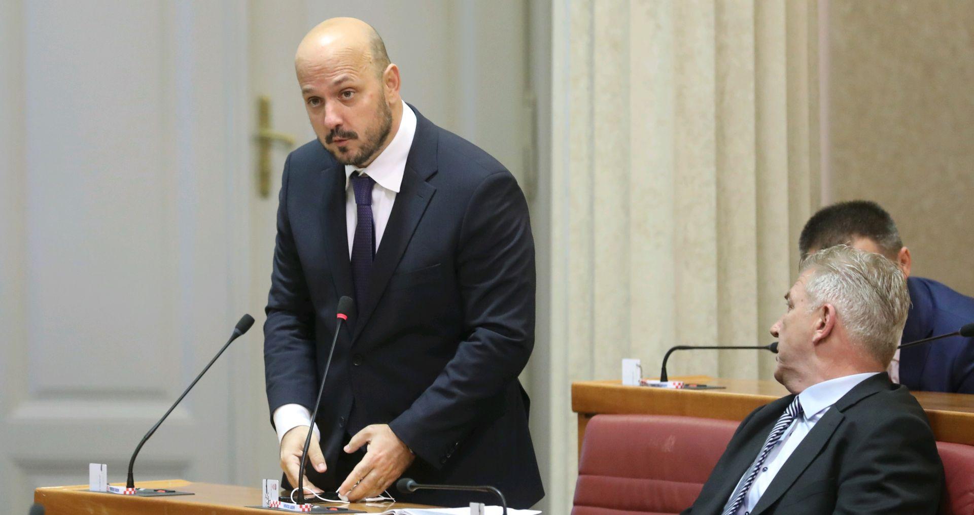 "GORDAN MARAS (SDP) SMATRA: ""Zdravko Marić radi budale iz nas"""