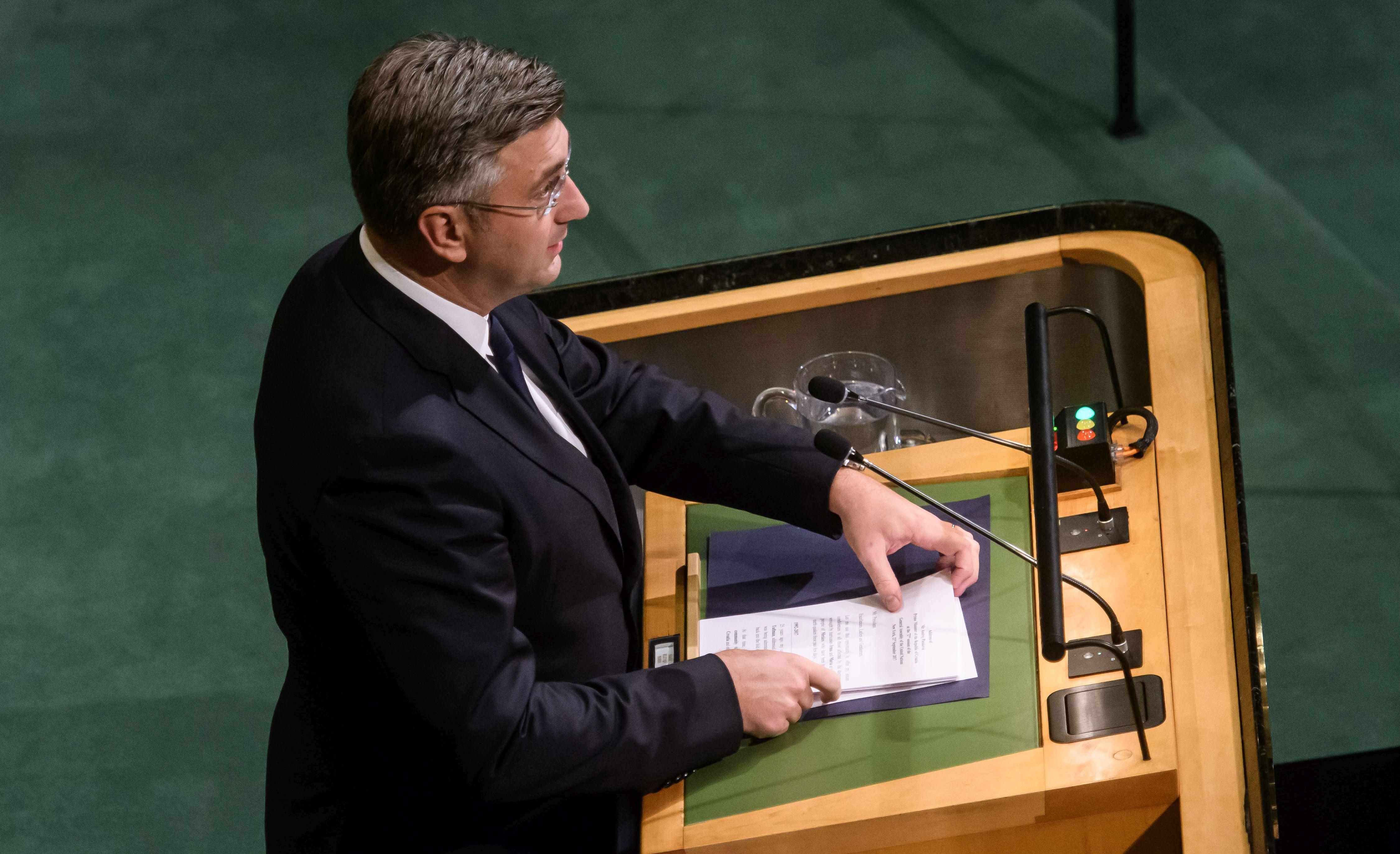 PLENKOVIĆ 'Hrvatska se pridržava međunarodnog prava'