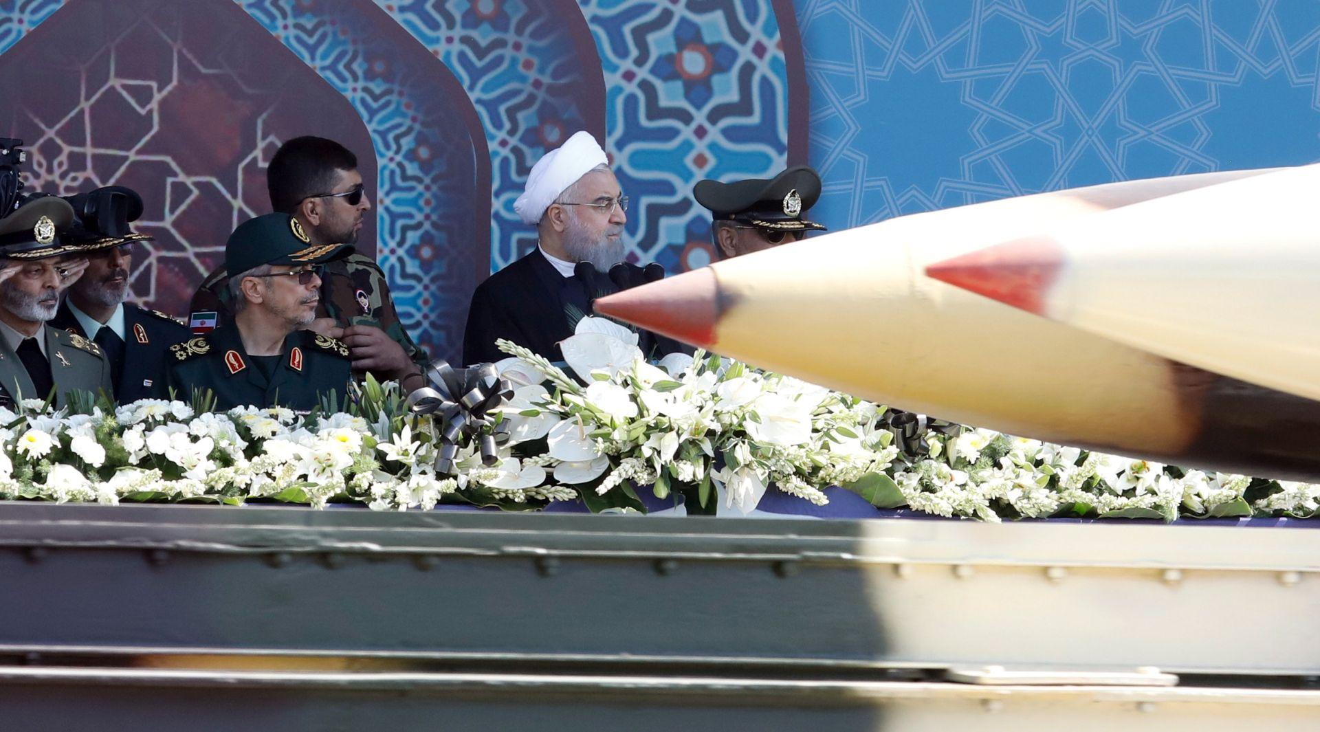 DRŽAVNI MEDIJI Iran uspješno testirao novi balistički projektil
