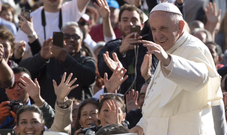 ISTINA ĆE VAS OSLOBODITI Papa Franjo kritizira 'lažne vijesti'