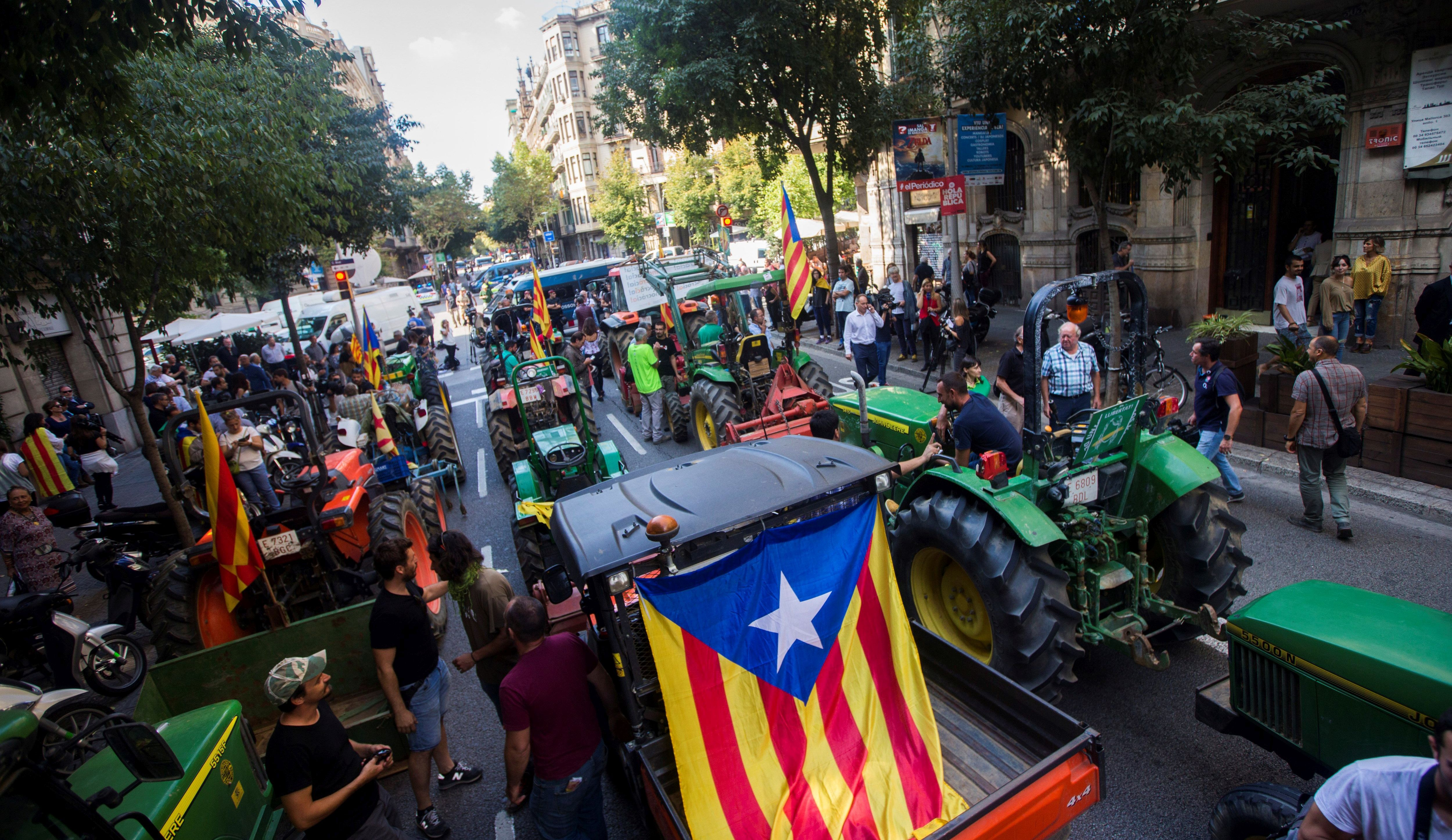 DEKLARACIJA O NEOVISNOSTI Katalonski parlament ne popušta pod pritiscima Madrida