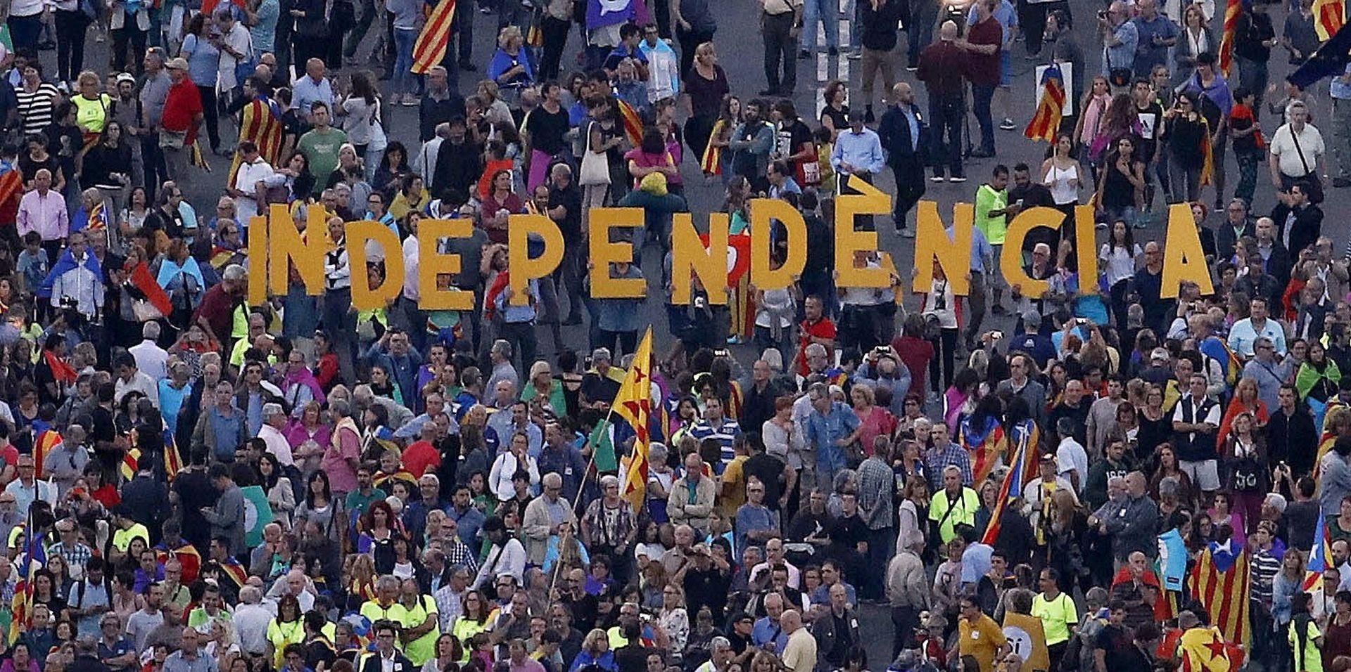 IZLAZNOST 43 % Katalonija – 90,18 posto glasova za neovisnost