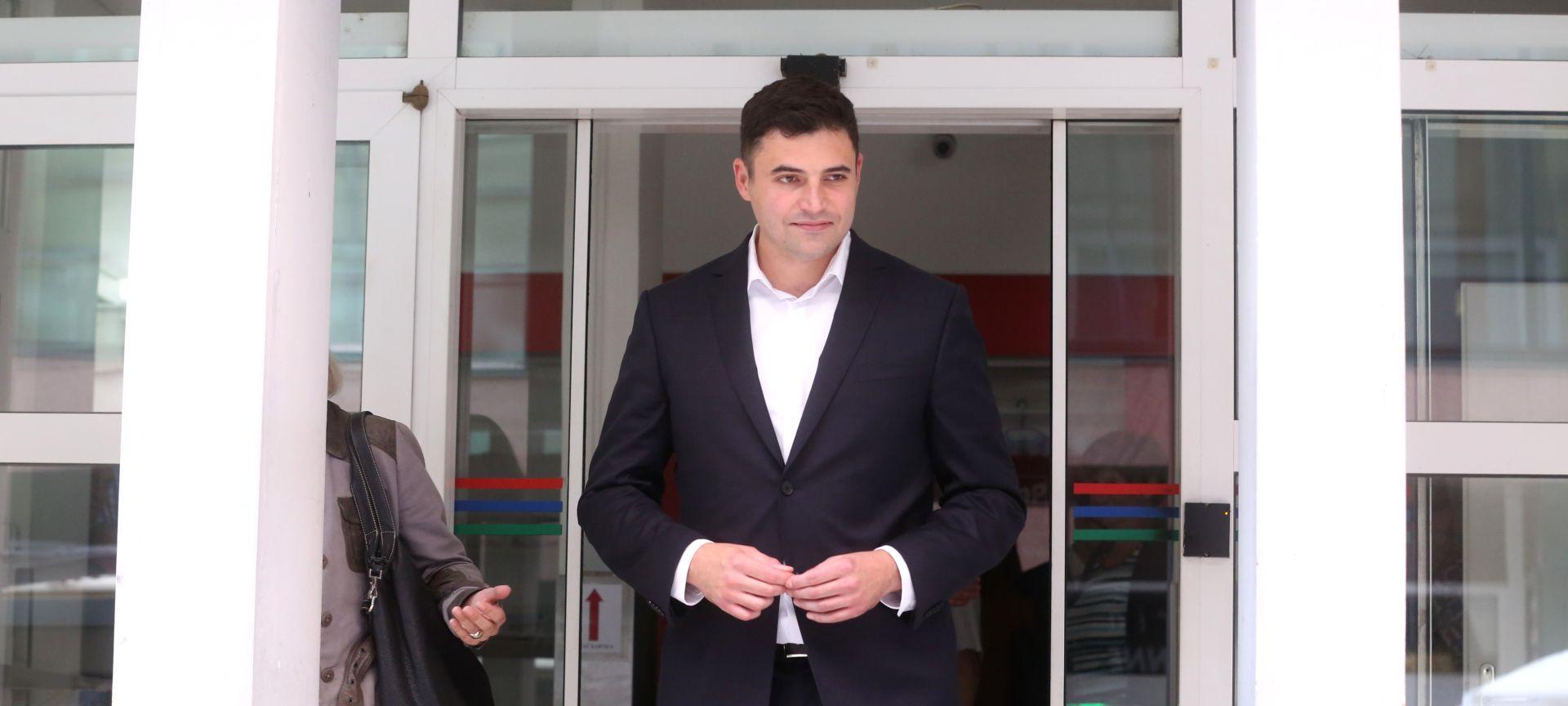 """""""Bernardić pokazuje potpuni amaterizam u obraćanju javnosti"""""""