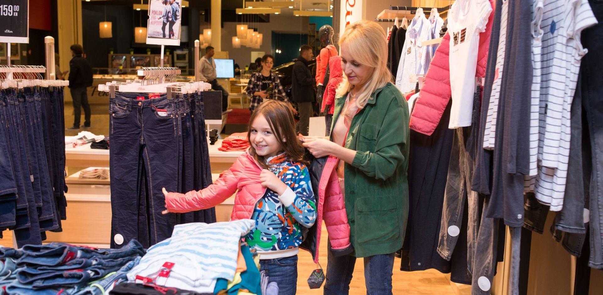 FOTO: Mirjana Mikulec s kćerima posjetila WESTGATE Shopping City