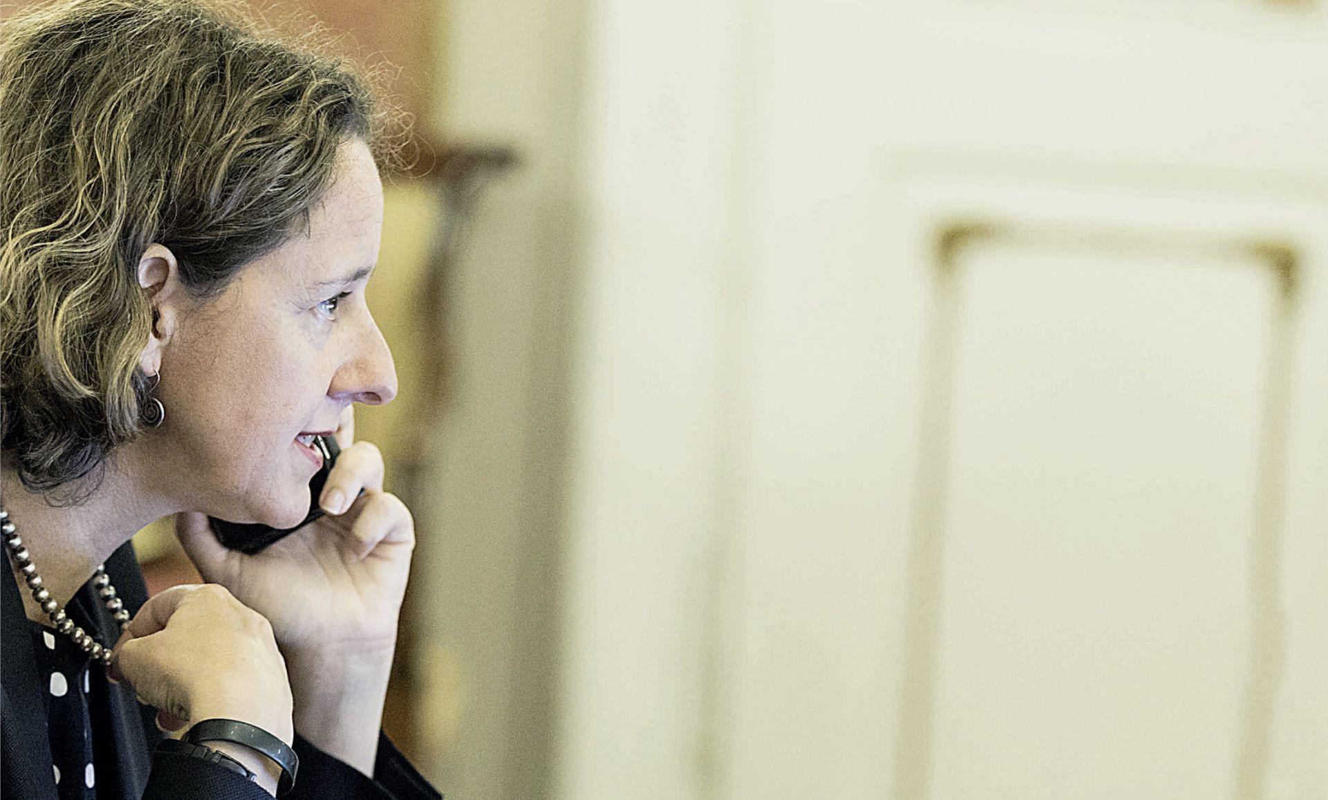 FIJASKO PRED SAJAM U FRANKFURTU Ministarstvo kulture zakasnilo s prijavom pa želi prisvojiti rezervirani tuđi štand