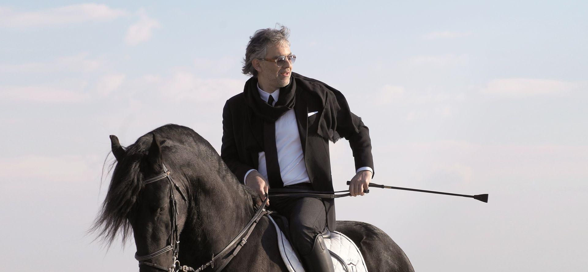 IAKO JE PAO S KONJA Andrea Bocelli spreman za nove uspješne nastupe!