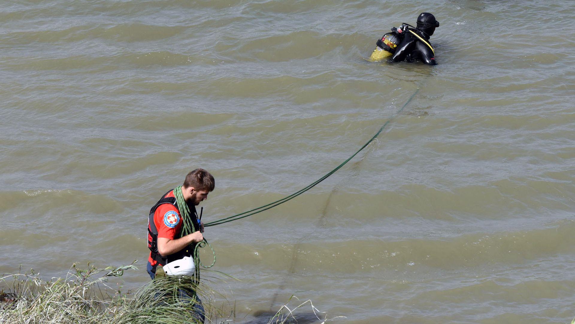 VUKOVAR Nastavljena potraga za osobom koja je u Dunav skočila za 4-godišnjakom