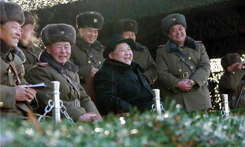 Trump kaže da su sankcije Pjongjangu tek mali korak