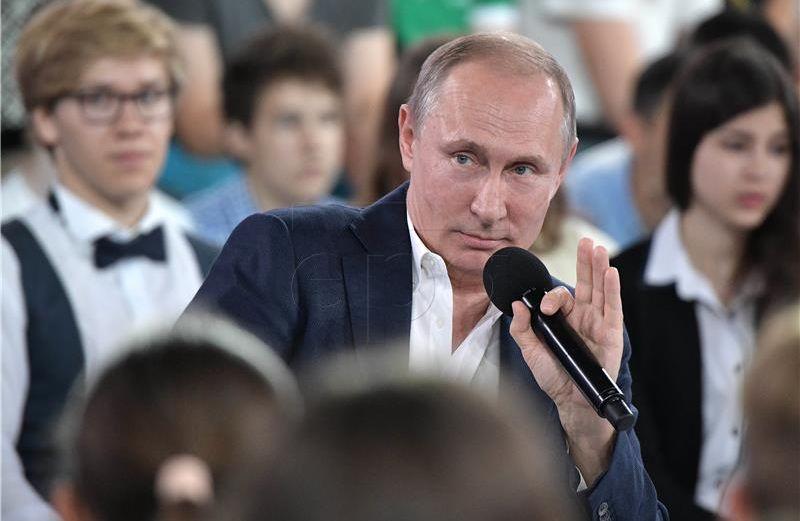 Na regionalnim izborima očekuje se glatka pobjeda Putinove stranke