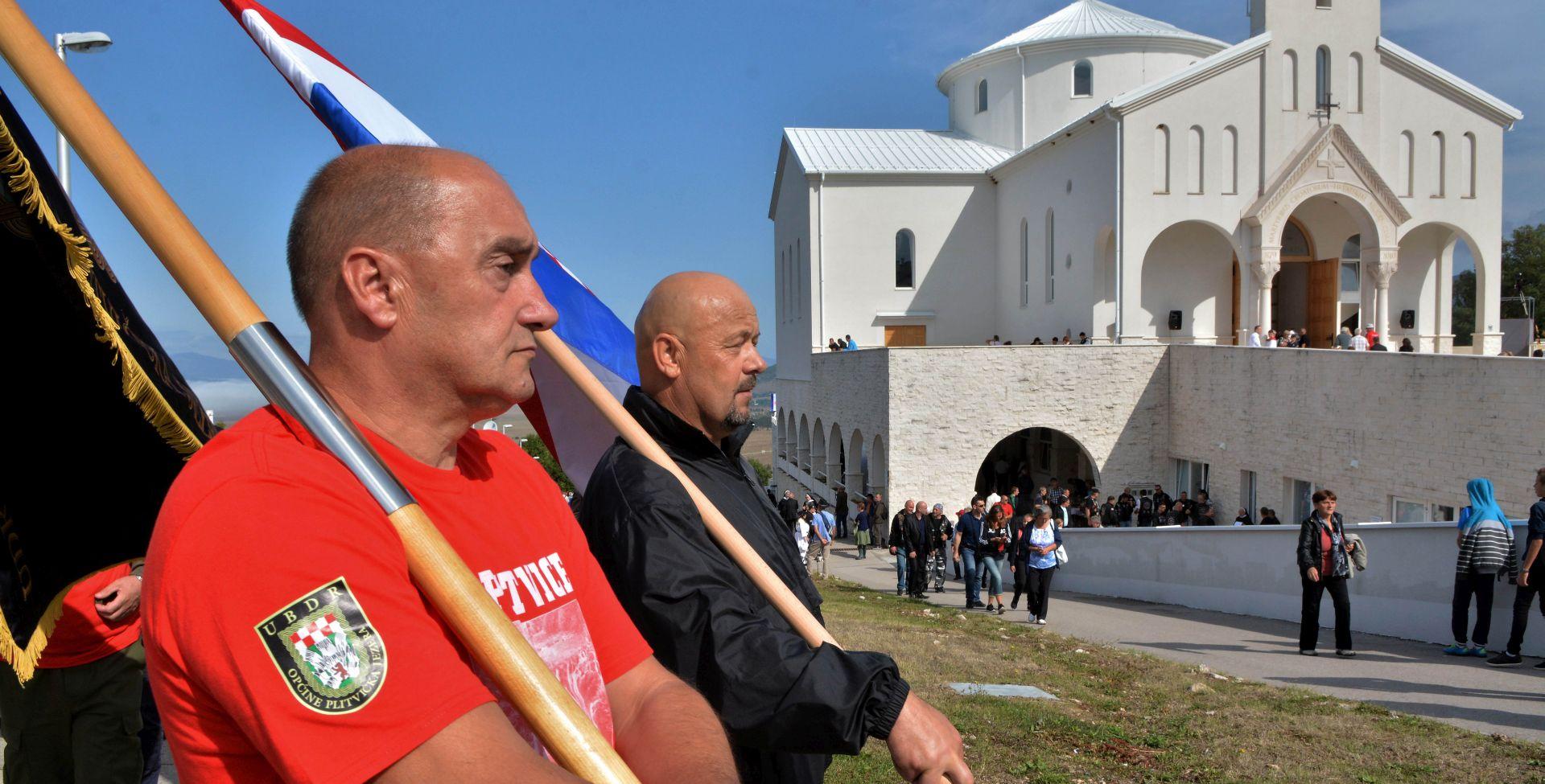 UDBINA Misa u slavu hrvatskih mučenika okupila deset tisuća vjernika