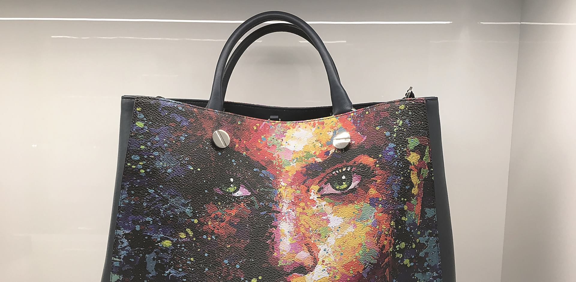 Glamurozne Bagghy torbe u Vauroomu