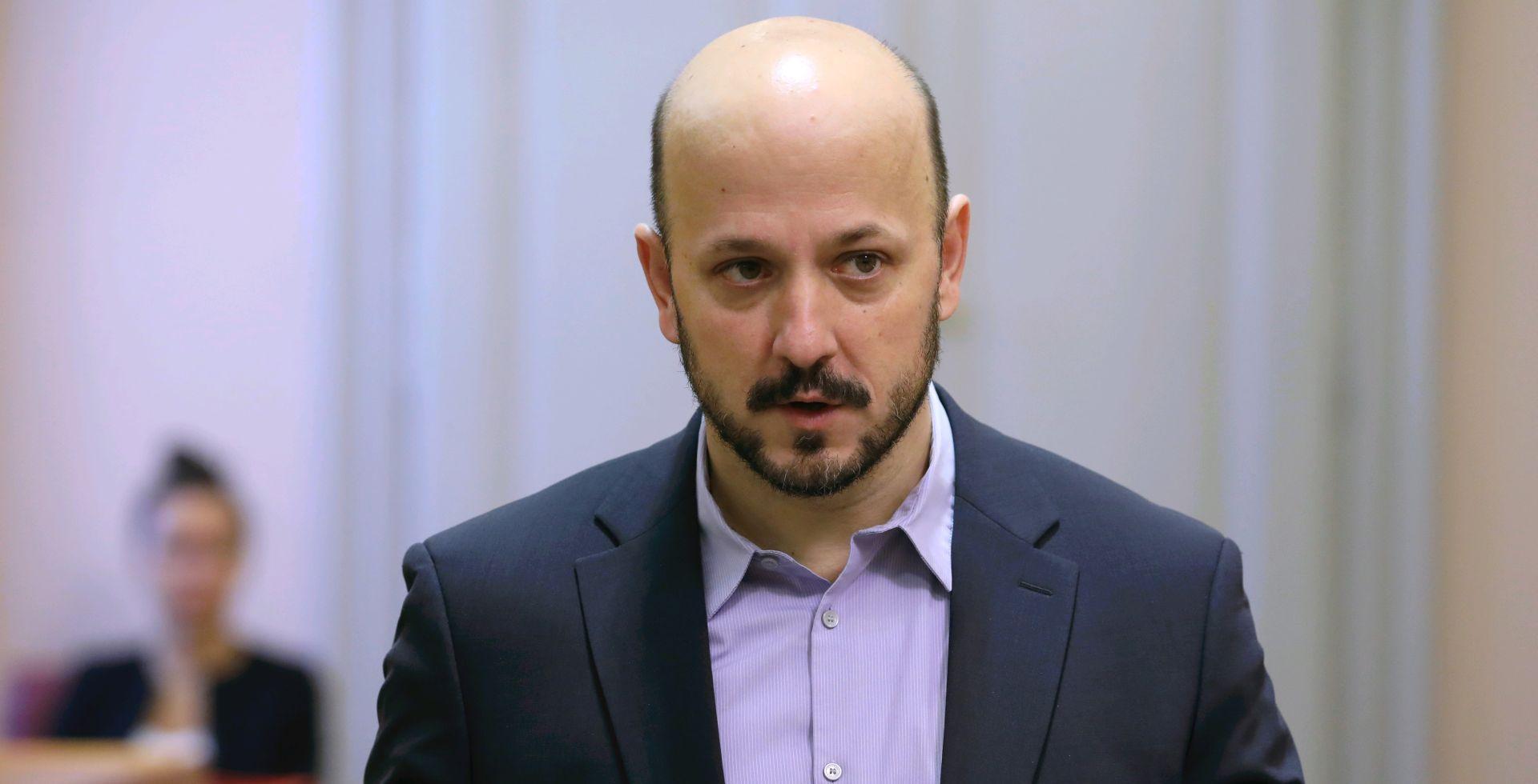 """Maras: """"Zagrepčani glasajte za promjene, Grabar – Kitarović i Bandić zaslužuju 'palac dolje' """""""