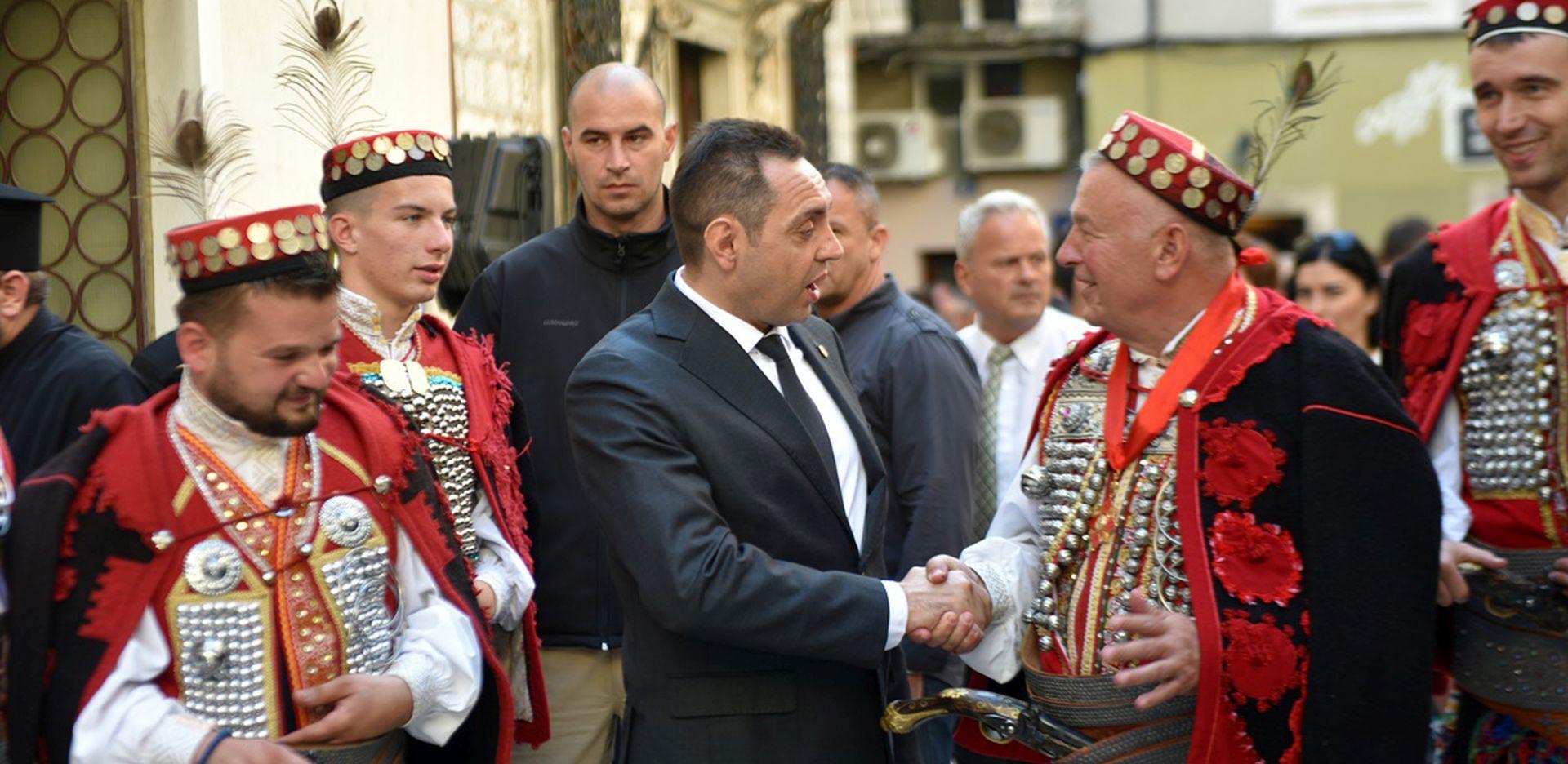 HNS oštro osudio izjave Vulina, pozvali Srbiju da se ogradi