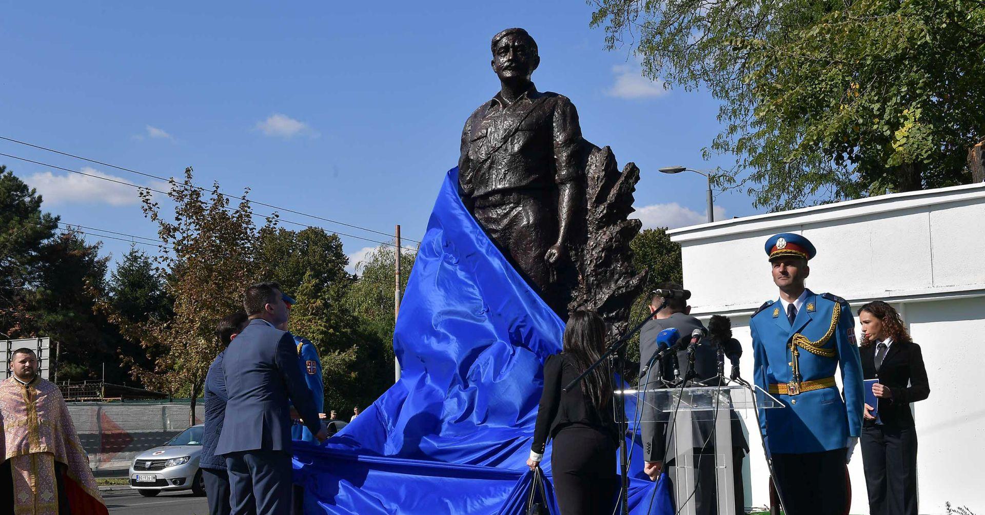 MVEP prosvjeduje zbog podizanja spomenika majoru JNA Tepiću