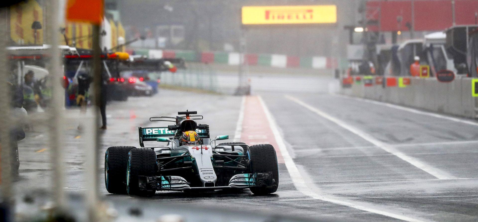 Hamiltonu pole position na VN Francuske