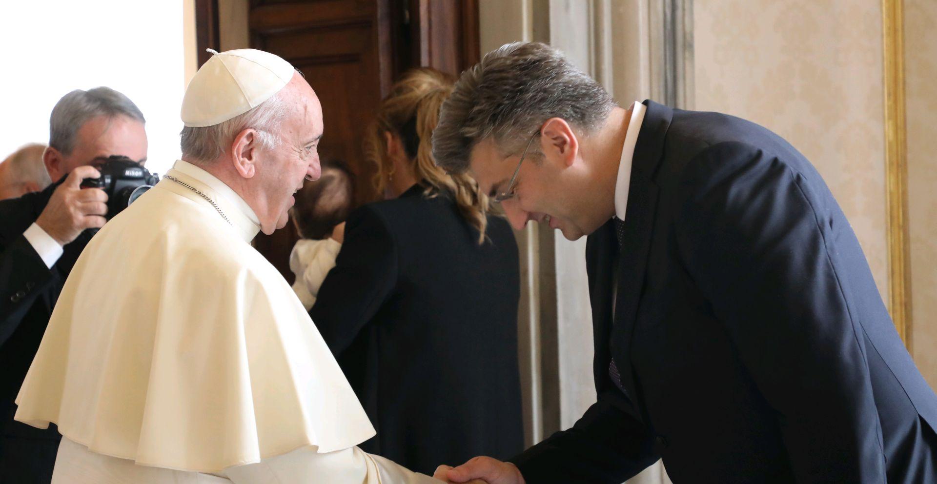 SVETA STOLICA Dolazi li papa Franjo u Hrvatsku proglasiti Stepinca svetim?