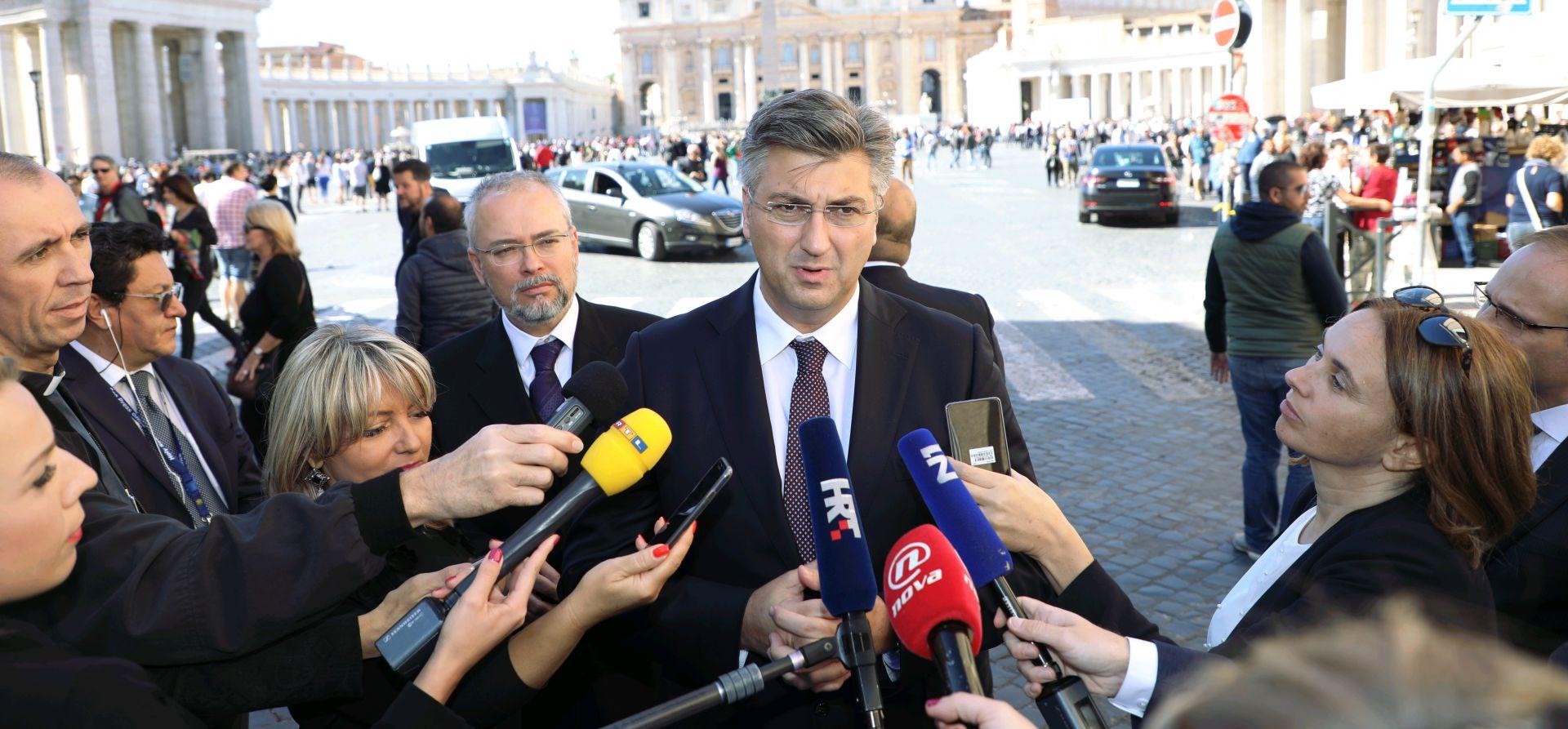Čestitka premijera Plenkovića za Dan neovisnosti: '8. listopada 1991. zauvijek zapamćen u hrvatskoj povijesti'