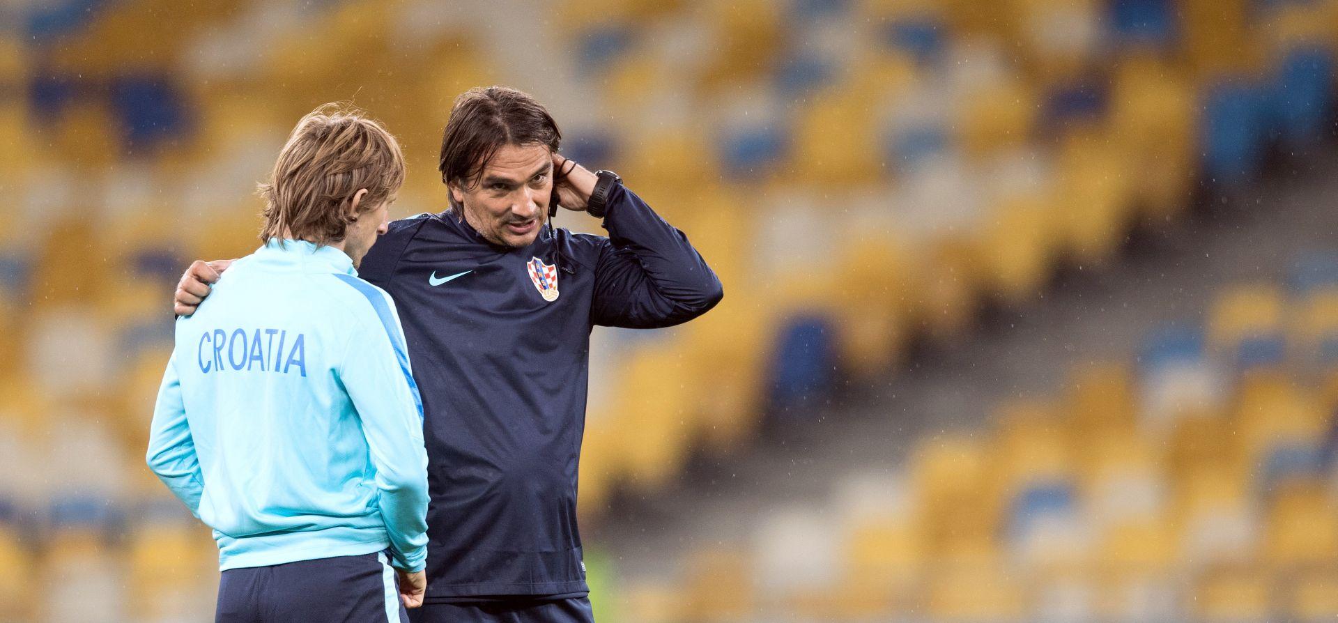 """DALIĆ NA POLJUDU """"Ako Bog da, jednog dana ću sjediti na klupi Hajduka"""""""