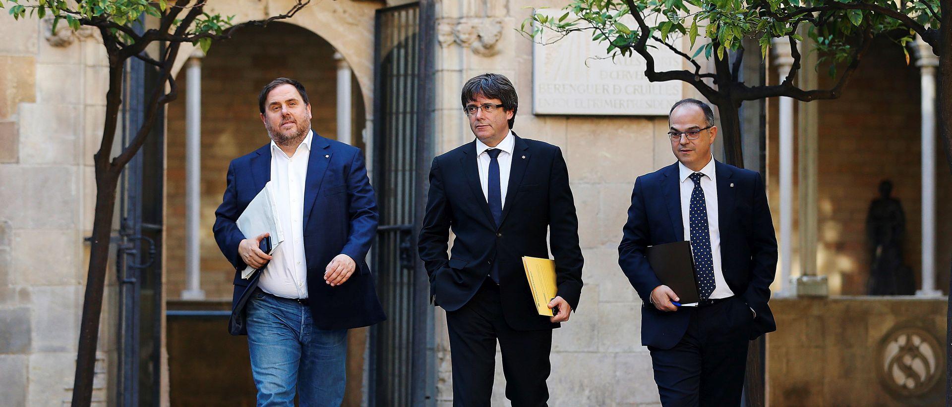 """UŽIVO: PUIGDEMONT """"Želim slijediti volju naroda da Katalonija postane neovisna, ali odluku odgađamo"""""""