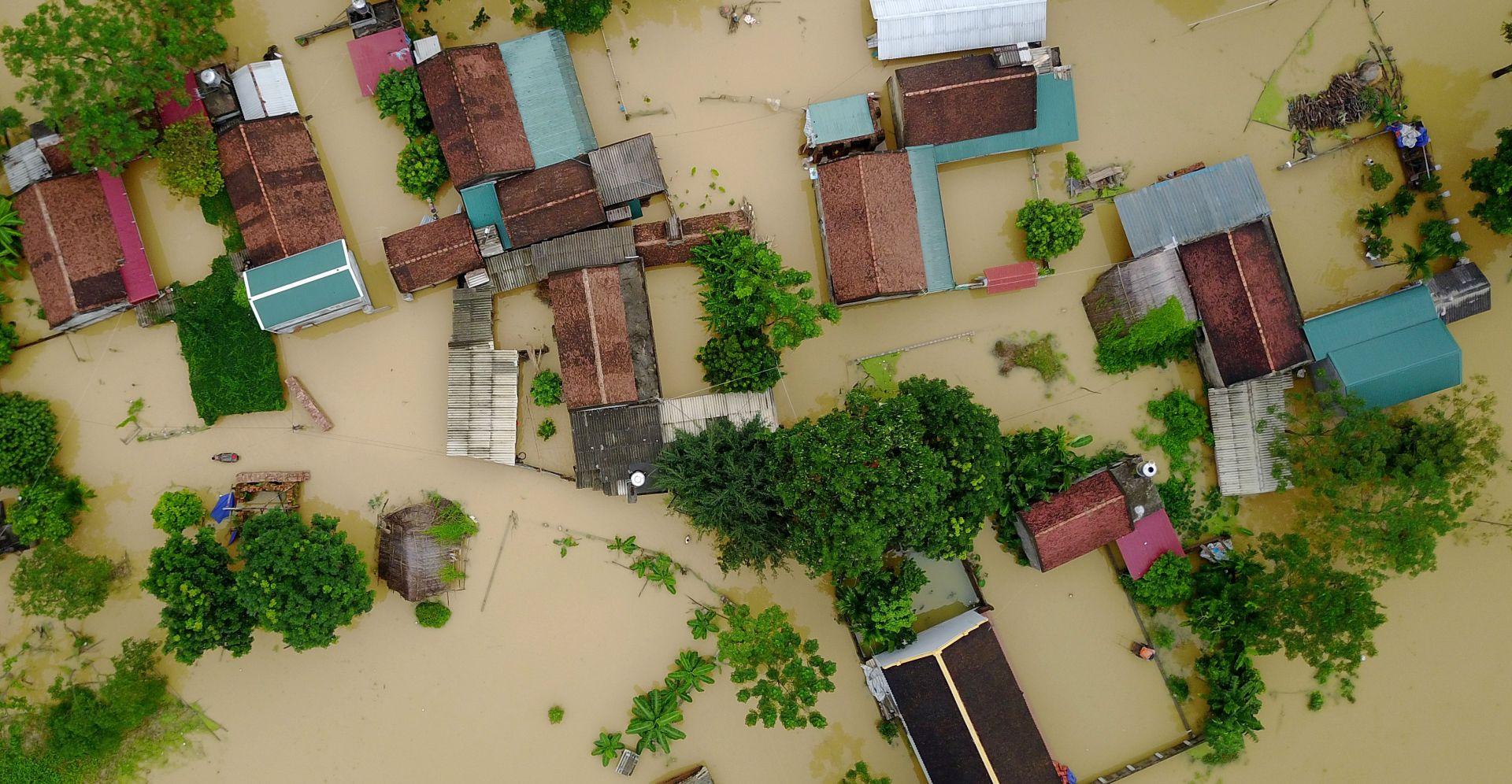 VIJETNAM U poplavama 54 mrtva i 39 nestalih
