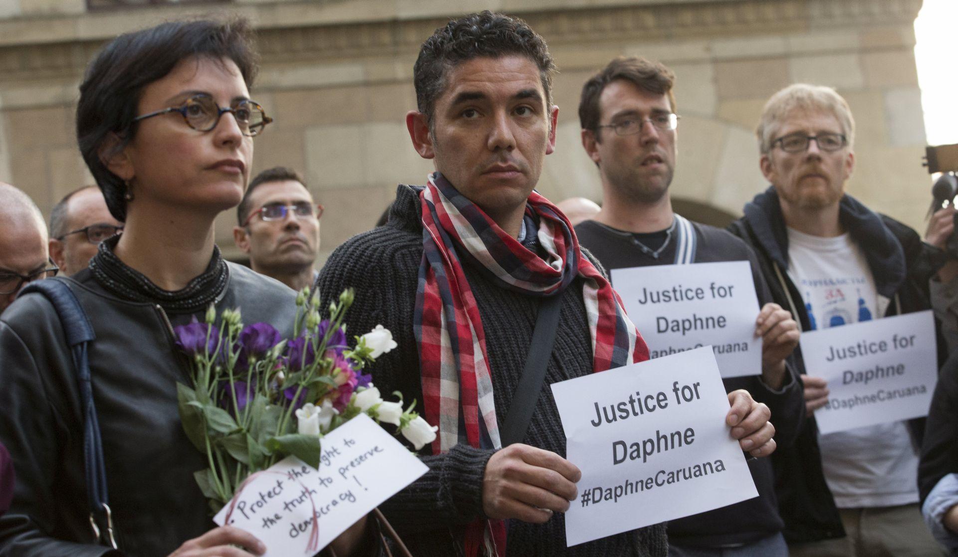TISUĆE NA ULICAMA Nakon ubojstva novinarke Maltežani žele jedinstvo