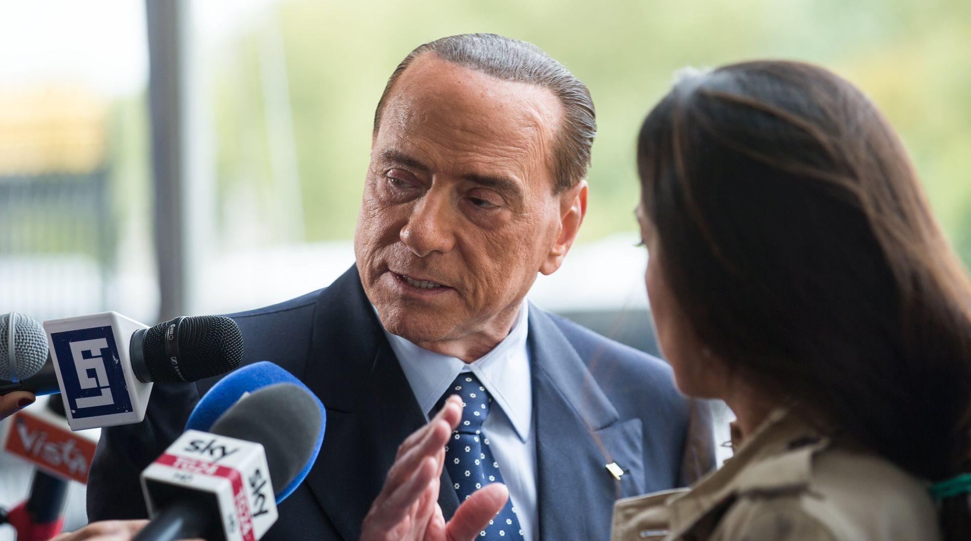 Berlusconi pod istragom o mafijaškim napadima 1993., odvjetnik kaže iz političkih razloga
