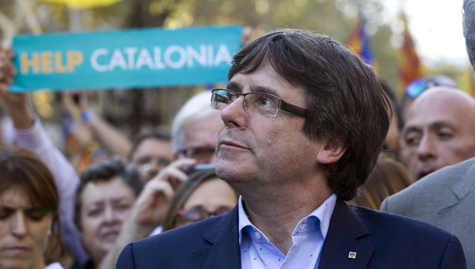 Puigdemont odustaje od dužnosti katalonskog predsjednika i predlaže nasljednika