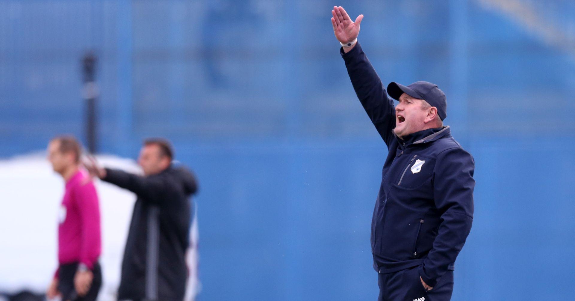 """KEK """"Dinamo je tu gdje je, zasluženo"""""""