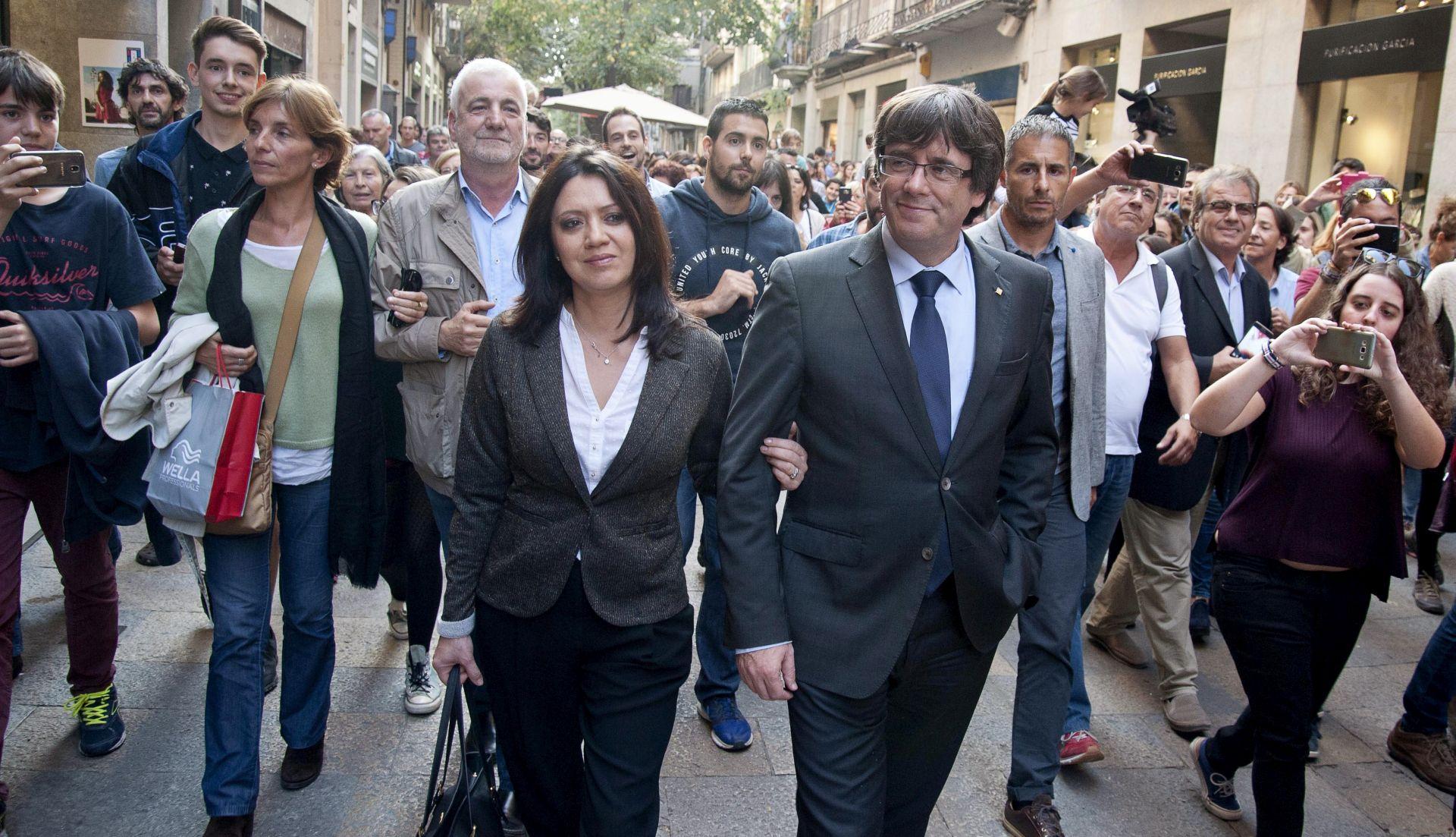 GLASNOGOVORNIK ŠPANJOLSKE VLADE 'Puigdemont može sudjelovati na izborima u prosincu'