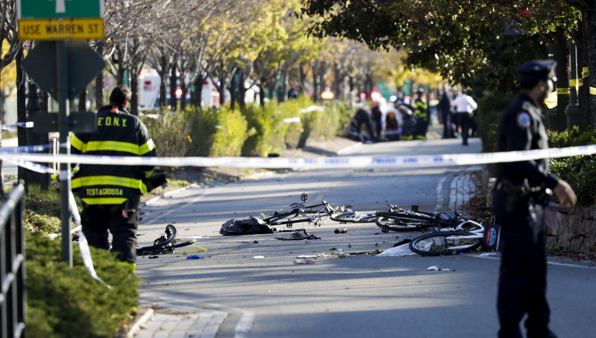 TERORISTIČKI NAPAD U NEW YORKU Kamionetom se zabio u gomilu, najmanje osam mrtvih