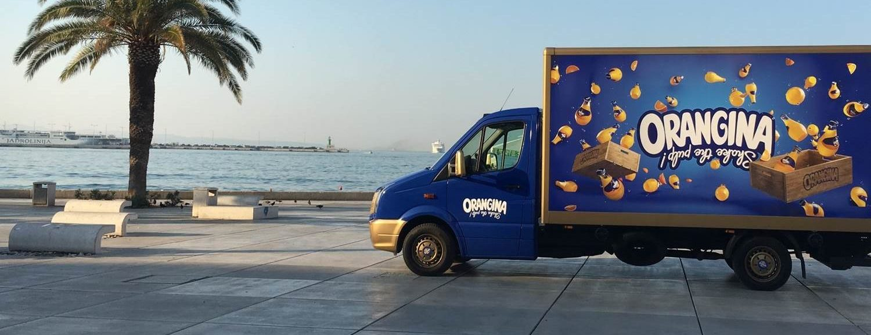 ORANGINA Posebno dizajniran kamion O! Truck za potpuno osvježenje
