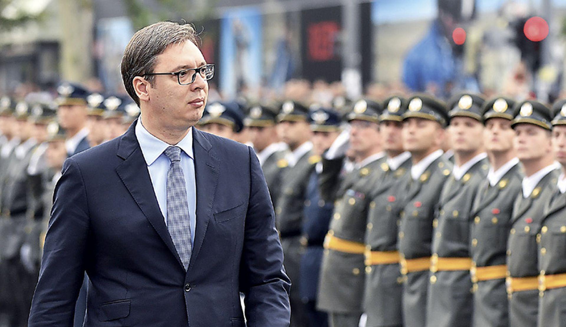 Vučić protiv Zakona o braniteljima, ali organizira posjet logoraša Stajićevu