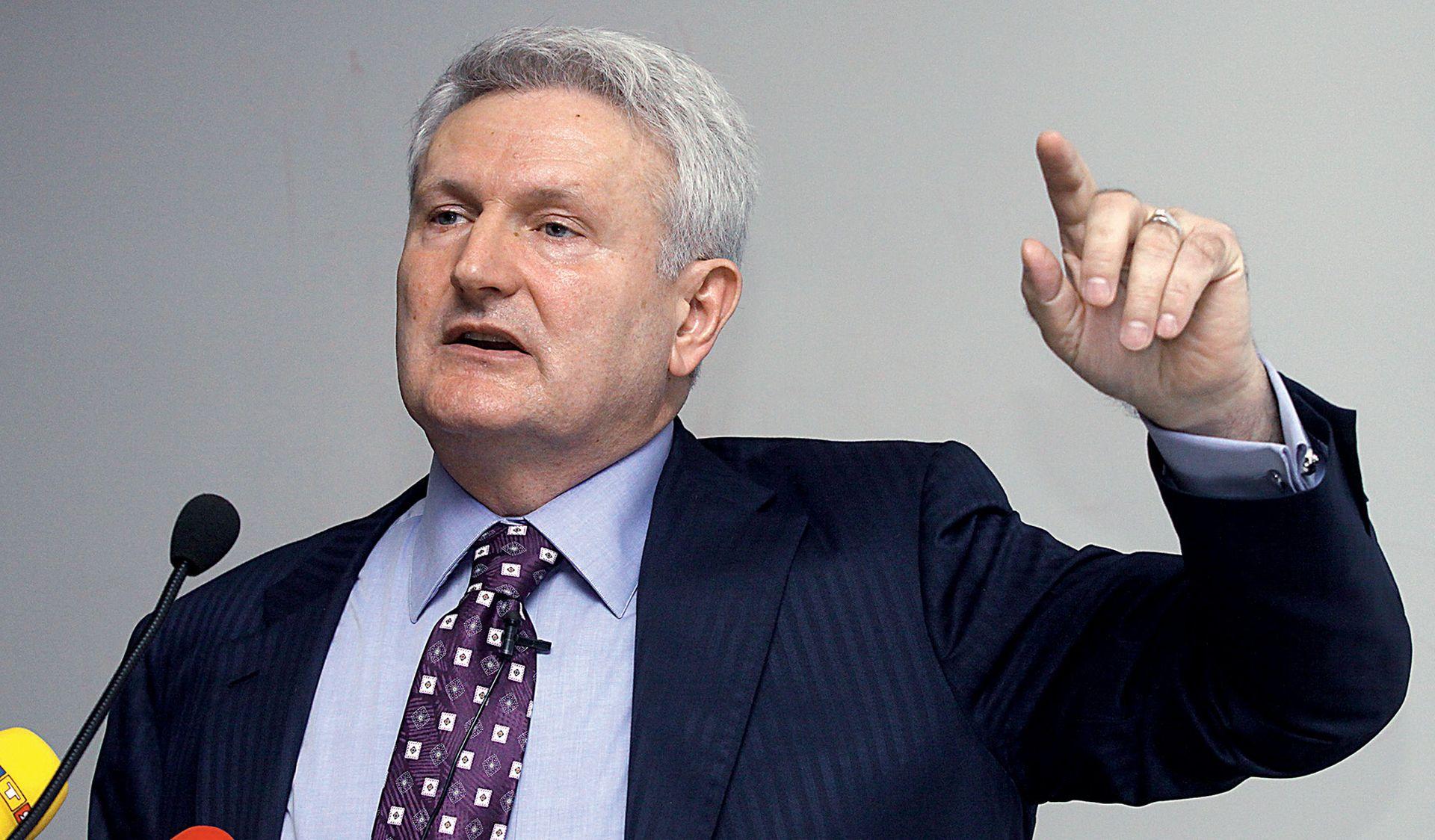 Todorić poziva Karamarka da se politički aktivira i preuzme HDZ