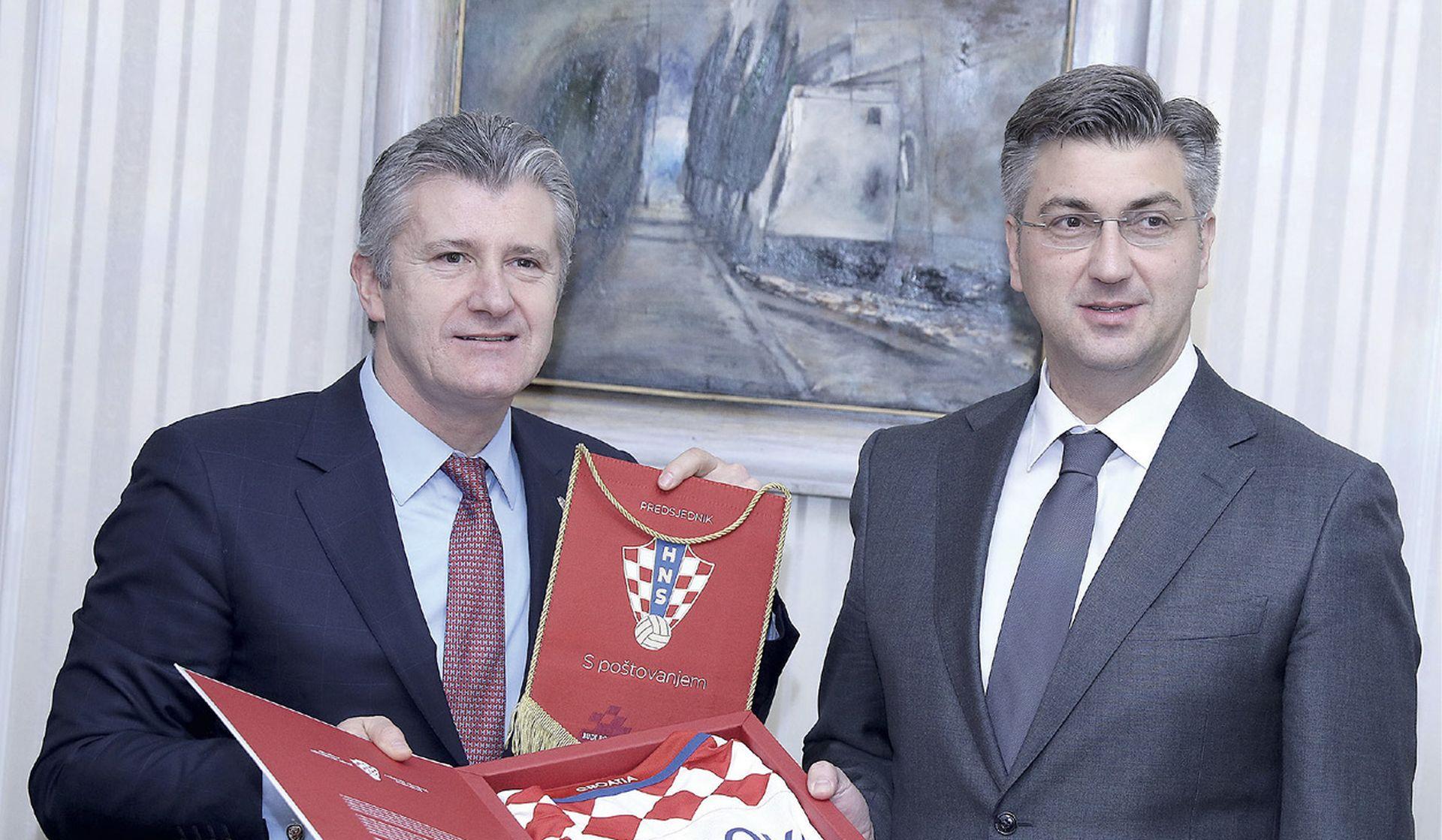 'Srednji menadžment' HDZ-a sprema udar na Davora Šukera