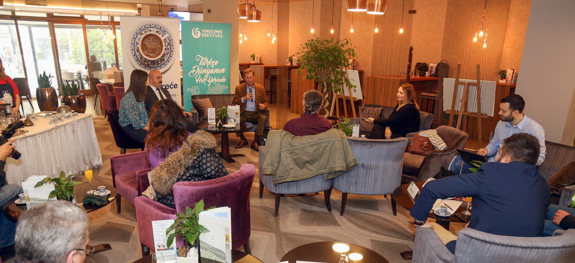 FOTO: Gospodin Osman Serim otkrio dosad nepoznate detalje o povijesti turske kave