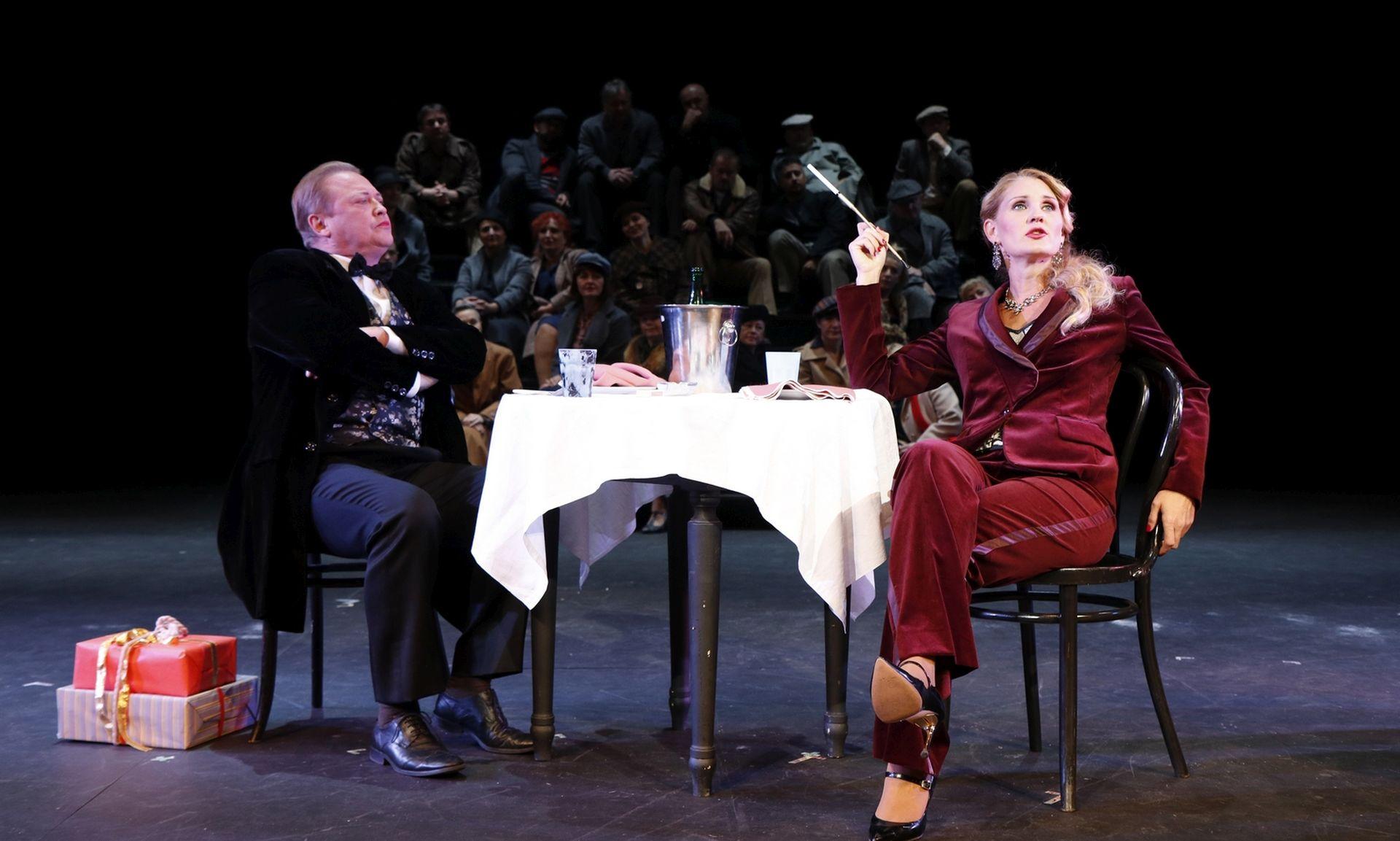 FOTO: Puccinijeva opera 'La Bohéme' nakon 30 godina ponovno na riječkoj pozirnici