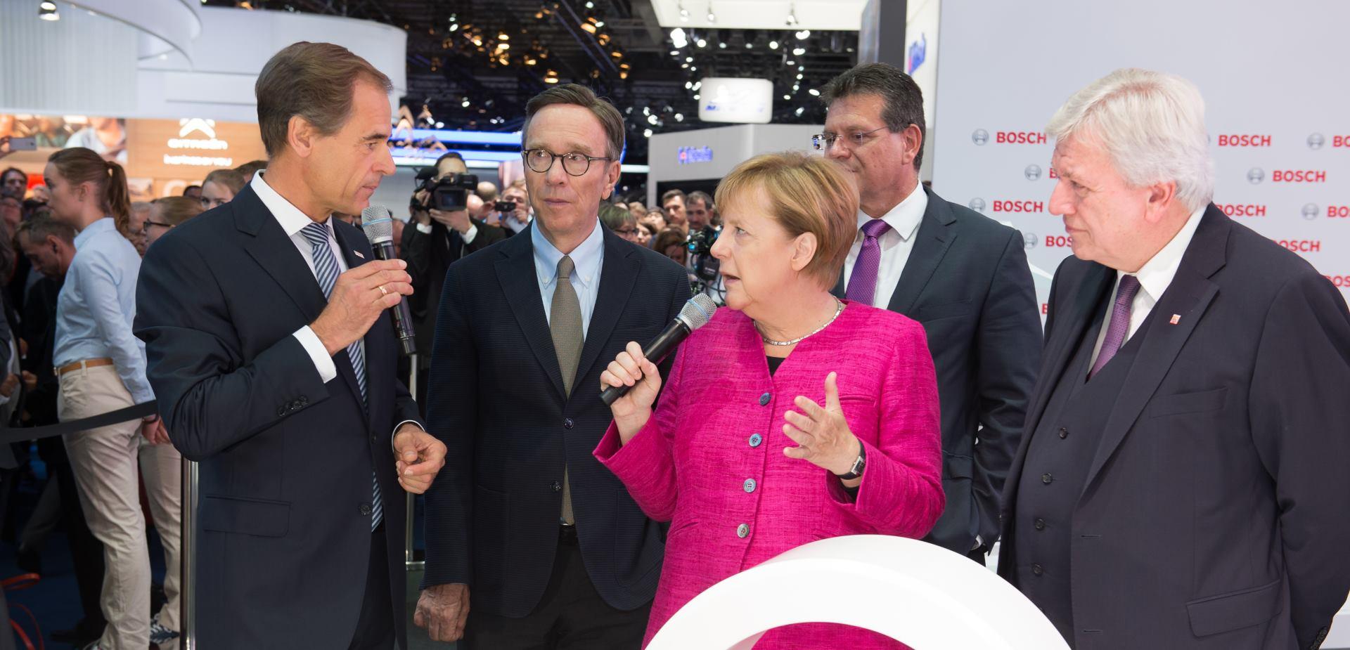 ŽELI STABILNOST Merkel preferira nove izbore pred manjinskom vladom