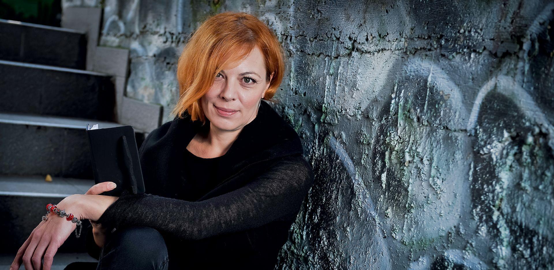 INTERVIEW: NORA KRSTULOVIĆ 'Baština je zbog politike na lošem glasu, a moreškom to mijenjamo'